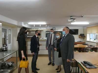 Galeria Wizyta marszałek Elżbiety Lanc w ZSP w Baranowie