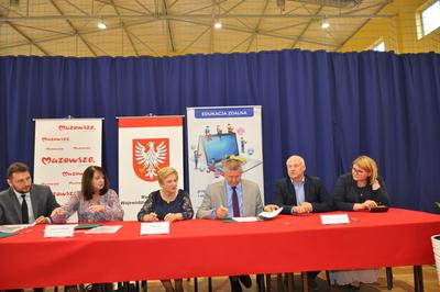 Galeria Podpisanie umów na dofinansowanie z samorządu Mazowsza